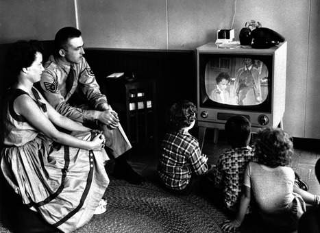 TV, TiVo, OTT: How television-watching has evolved | Transmedia Production (by Uzzi) | Scoop.it