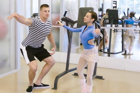 Watch Rob Gronkowski Take Ballet Lessons from a Real-Life Ballerina | Community Dance | Scoop.it