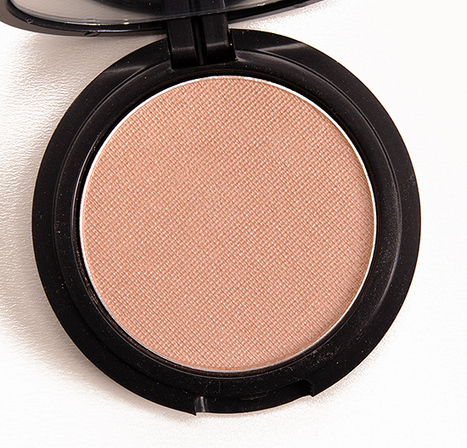 Le Metier de Beaute Whisper Radiance Powder Rouge Review, Photos, Swatches | Collection Swatches | Scoop.it
