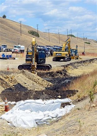 Pipeline that leaked wasn't equipped with auto shut-off | Sustain Our Earth | Scoop.it