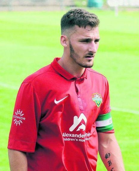 'Robust' South Park target Windsor FC captain Dan Hicks | Windsor FC Supporters Club Newsletter | Scoop.it
