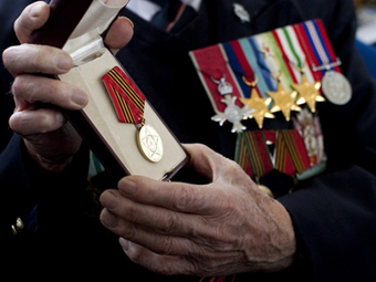 Honor denied: UK won't let WWII vets accept Russian bravery medals — RT   European History 1914-1955   Scoop.it