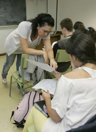 ¿La otra que viene ? : Tampoco la educación se escapa a la crisis económica | Maestr@s y redes de aprendizajes | Scoop.it