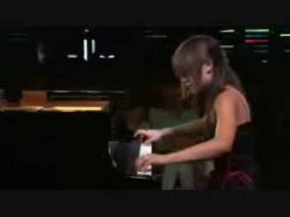 This woman has great piano skills! Amazing.   Best YouTube Videos   Scoop.it