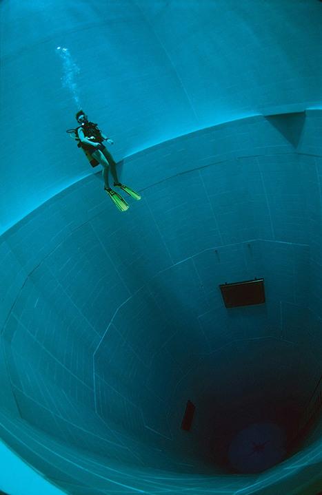 Nemo 33 Is The World's Deepest Swimming Pool | Organic Pathos | Scoop.it