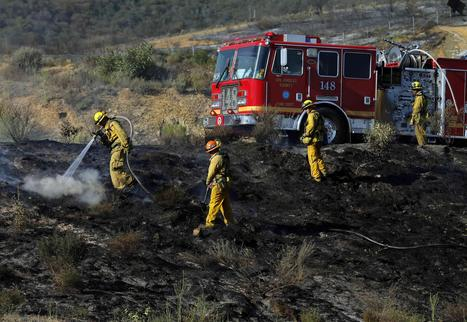 Southern California Wildfires: Body Found in Blaze's Ashes - NBC News | Sustain Our Earth | Scoop.it
