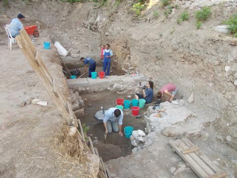 Tebe, tornano alla luce i resti del mitico Palazzo di Cadmo | LVDVS CHIRONIS 3.0 | Scoop.it