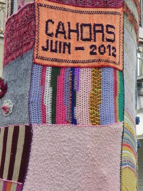 Yarn Bombing à Cahors | Fils de pelote | Yarn bombing _ File Ta[g] Ville | Scoop.it