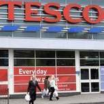 Could this lead to more price wars between super markets? 'Supermarket Wars: Tesco Bolsters UK Fightback' | Econ 3 | Scoop.it