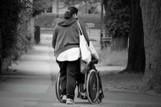 Aide à domicile : et si l'on s'intéressait à la santé (et au moral) des aidants ! | Emploi public | Scoop.it