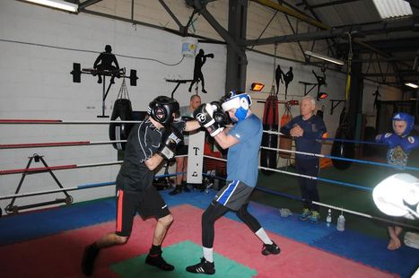 Alexandria gym celebrates boxing affiliation and expansion plans for 2014 - Scottish Daily Record | Personal Training | Scoop.it