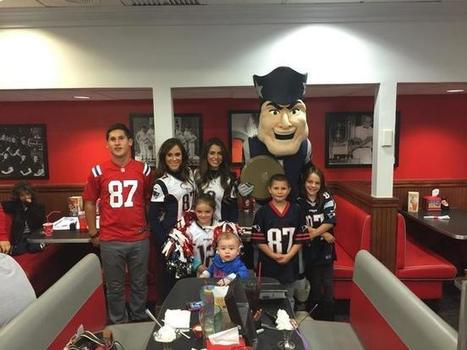 New England Patriots cheerleaders and mascot in Pembroke | Mascots | Scoop.it