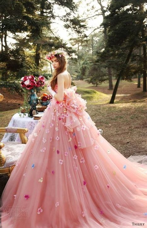 Most Favorites Blush Pink Wedding Dress Inspirations » Celebrity Fashion, Outfit Trends And Beauty News | Celebrities | Scoop.it