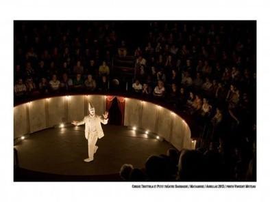 Petit théâtre baraque et cirque Trottola: ils étaient faits pour s'aimer (RUE89) | Les spectacles du CENTQUATRE dans la presse | Scoop.it