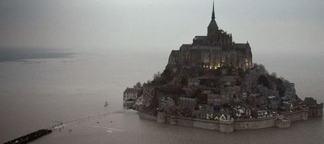 Marée du siècle: des milliers de spectateurs au Mont-Saint-Michel   J'aime le français. Et vous ?   Scoop.it