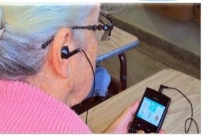 Uso de celulares na alfabetização de adultos melhora autoestima, afirma matemático | Natan Korm | Scoop.it