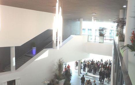 Courbevoie drague le privé pour rentabiliser son centre événementiel | Journal d'un observateur Event & Meeting | Scoop.it
