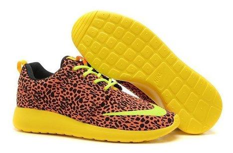 Free Shipping Nike Roshe Run Womens Cheap Pink Black uk with mastercard cheap price shoes   Nike Roshe Run   Scoop.it
