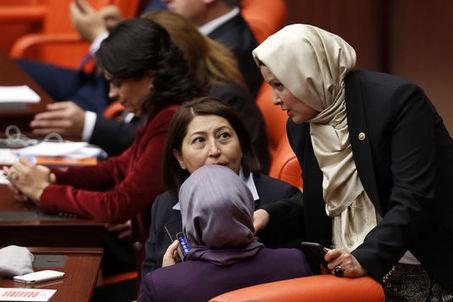 Des députées voilées au Parlement turc | Turquie | Scoop.it