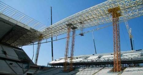 Obras no Itaquerão só serão retomadas após instalação de redes de proteção - Futebol - R7 Copa do Mundo 2014 | Mundial 2014 | Scoop.it