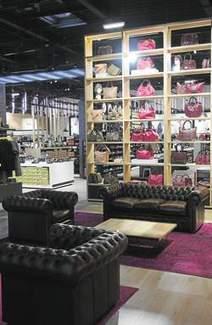 Vivarte remet ses « Halle » à la mode - Les Échos | Decoration aménagements commerciaux et professionnels, cosa&faits | Scoop.it