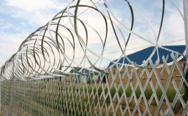 Modern Security Fences Available For Reliable Protection | B2B Blog | Scoop.it