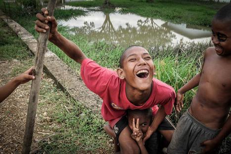Yangon Photo Awards 2016 : Mi Lyah Rot & Mi Seik Chan - L'Œil de la photographie   Carnets d'images   Scoop.it
