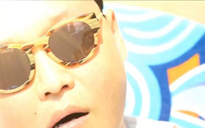Epic 'Gangnam Style' Mashup Will Get You Dancing [VIDEO] | ❤ Social Media Art ❤ | Scoop.it