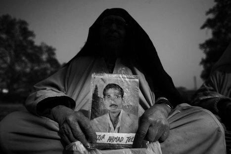 Mughli – The Lonely Mother | Altaf Qadri | BLACK AND WHITE | Scoop.it