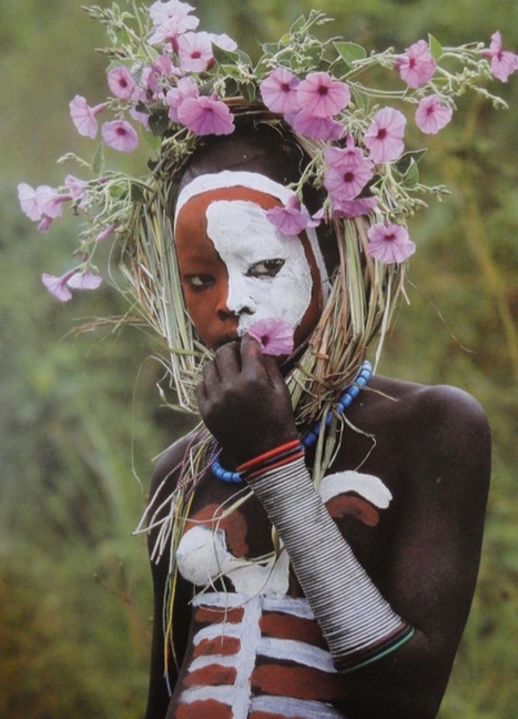 The Ethiopian Fashion Tribe that turns Nature into Haute Couture | The Blog's Revue by OlivierSC | Scoop.it