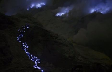 Indonesische vulkaan spuwt blauwe lava - De Standaard | MaCuSa | Scoop.it