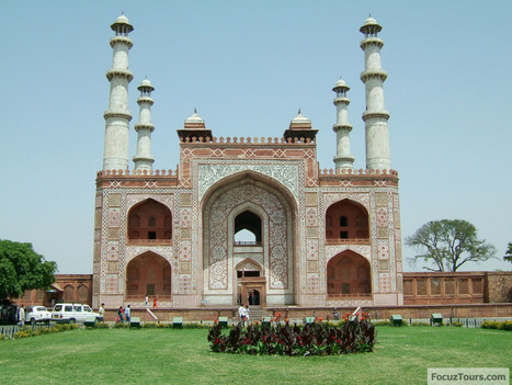 Agra Tourist Attractions a Travel Guide | Golden Triangle Tour India | Scoop.it