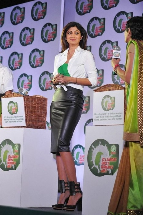 Shilpa Shetty wearing a Black Leather Skirt and Heels at Ariels Event for Indian Women, Actress, Bollywood, Western Dresses | Indian Fashion Updates | Scoop.it
