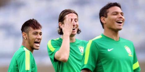 PSG/Brésil : Le geste fort entre Neymar et Thiago Silva en plein ... - Le 10 Sport | Selecao.FR | Scoop.it