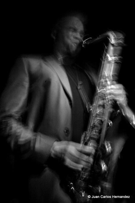 """ La #photographie de #WayneEscoffery est l'oeuvre de l'Irréparable Juan Carlos HERNANDEZ "" #jazz #photo   Jazz and music   Scoop.it"