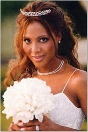 Stunning Hairstyles for African American Brides | Invitations By Dannye | Scoop.it