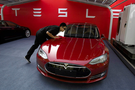 Tesla Invites Hackers for a Spin   Vàl's scoopit   Scoop.it
