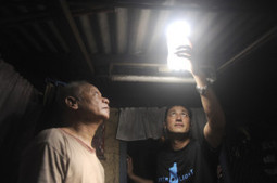 La bouteille solaire souhaite éclairer 1 million de foyers d'ici 2015 | Economie Responsable et Consommation Collaborative | Scoop.it