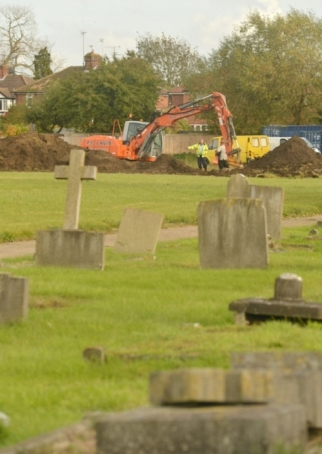 UK NEWS: Exclusive: Probe into dangerous asbestos waste dumped underground at Aylesbury cemetery by council workmen | Asbestos and Mesothelioma World News | Scoop.it