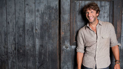 Billy Currington Keeps Summer Forever | Country Music Today | Scoop.it