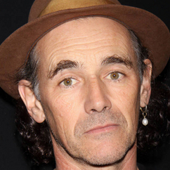 Mark Rylance calls for Remembrance Day poppy change forgetting his forefathers sacrifice for him to speak as he has | The Indigenous Uprising of the British Isles | Scoop.it