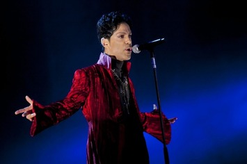 'I Would Die 4 U: Why Prince Became an Icon,' by Touré  | Sex History | Scoop.it