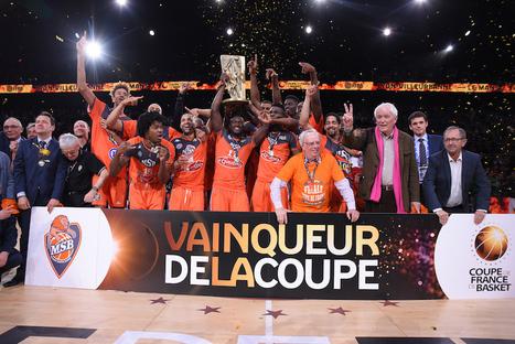 SFR et la FFBB envahissent Twitter pour la #CDFBasket | Réseaux sociaux, TV & Sport | Scoop.it