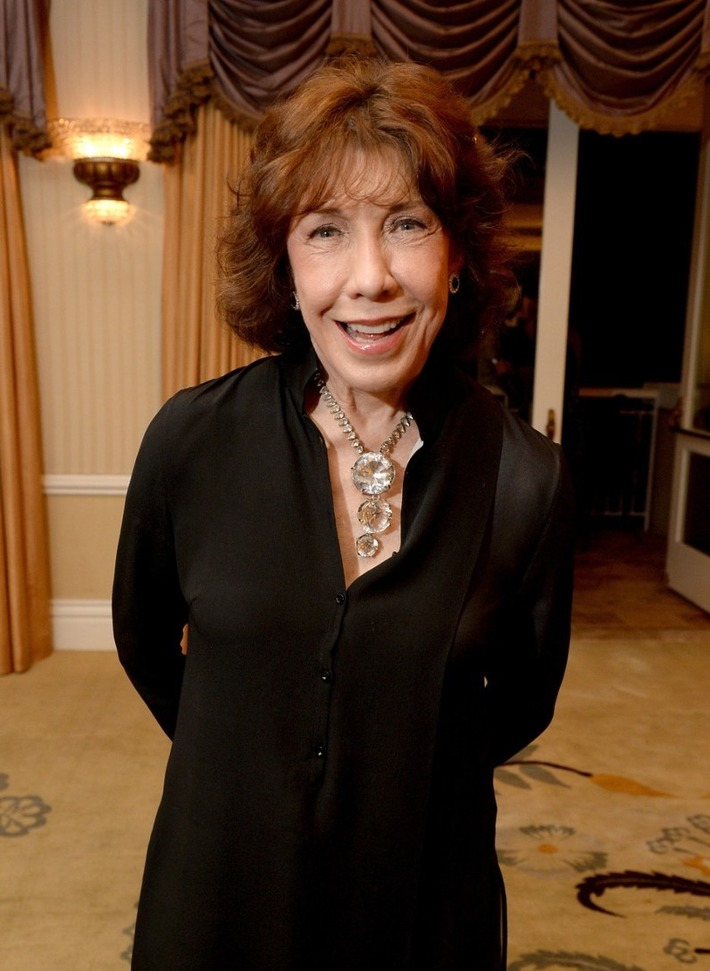 Lily Tomlin and Director Paul Weitz on how cinema's take on abortion has changed | Herstory | Scoop.it