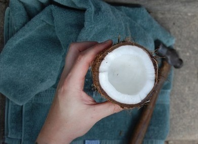 Ditch the Wrinkle Cream: Anti-Aging Properties of Natural Oils, and 5 DIY Formulas | Healthy Food | Scoop.it