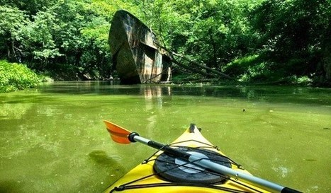 Kayaker Finds 110-Year-Old Ghost Ship in the Ohio River | All about water, the oceans, environmental issues | Scoop.it