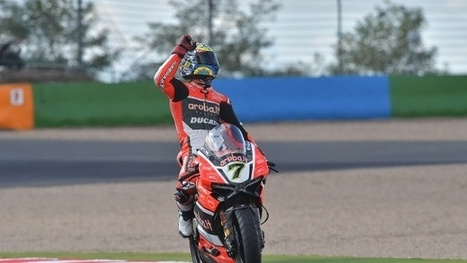 Brilliant win for Chaz Davies in Race 1 at Magny-Cours, right-shoulder issues stop Davide Giugliano | Ductalk Ducati News | Scoop.it