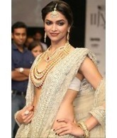 Buy Women Sarees Online -Bridal Sarees for Women in India | carryurstyle-blogging | Scoop.it