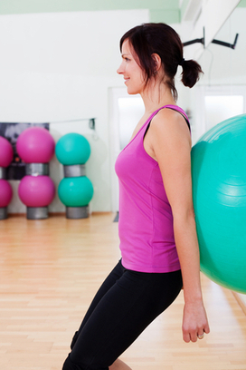 Stability Ball Squats Tone Your Thighs and Butts Perfectly | BallExerciseWorkouts.com | Exercise Ball Workouts | Scoop.it