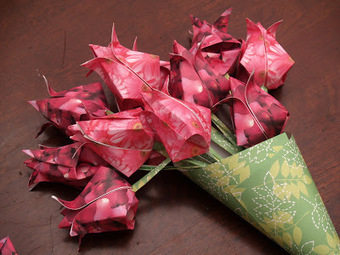Origami Maniacs: Origami Tulips | Creative Paper & Ephemera Art | Scoop.it